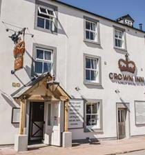 Front Exterior Crown Inn